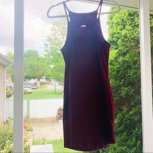casual fitted no sleeve dress with back cutout